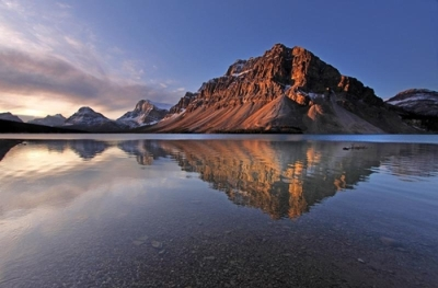 Alberta_Canada_Bow Lake Sunrise_Sandra